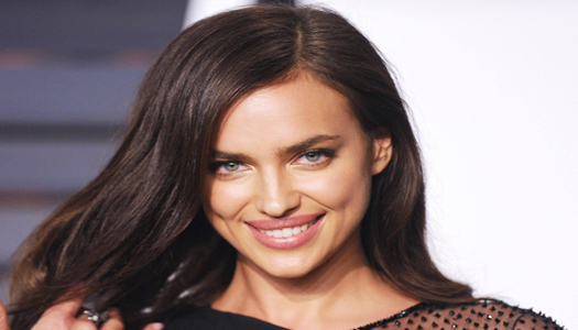 Ирина Шейк призналась, что не считает себя эталоном красоты