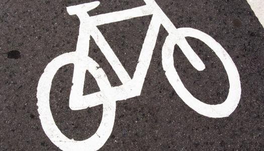 Американка разогнала свой велосипед почти до 300 км/ч