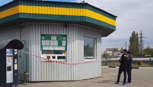 У Миколаєві на автозаправці сталося потрійне вбивство