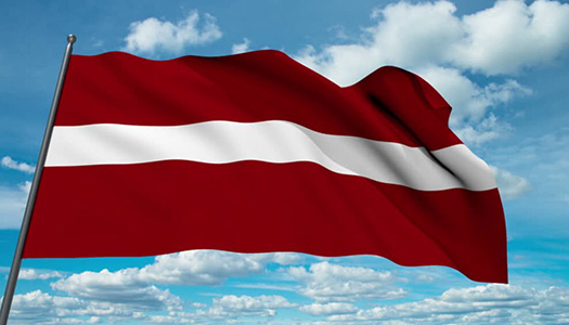 Латвия, флаг Латвии