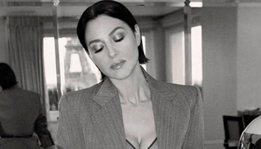 Моніка Беллуччі знялась у новій фотосесії на фоні Ейфелевої вежі