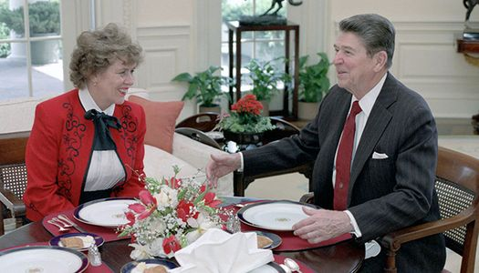 Колишня радниця Рейгана попросила в Путіна російське громадянство