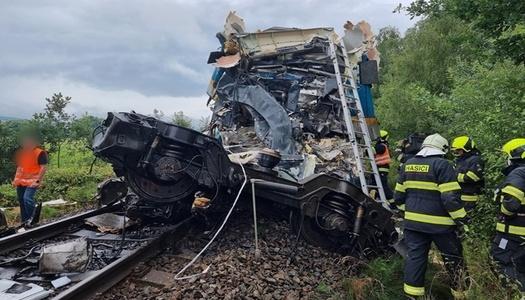 У Чехії зіткнулися пасажирські потяги, двоє загиблих, десятки поранених